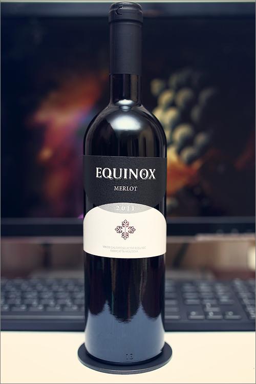 EQUINOX_Merlot_2011