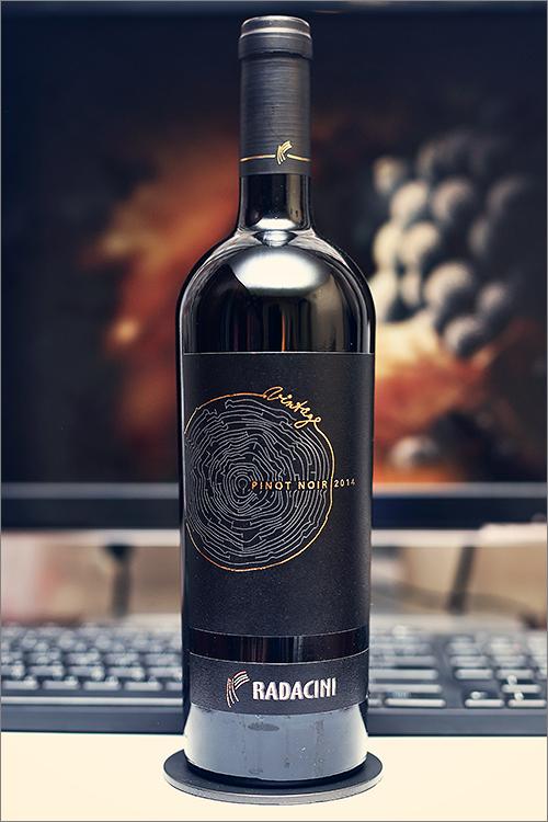 RADACINI_Vintage_Pinot_Noir_2014
