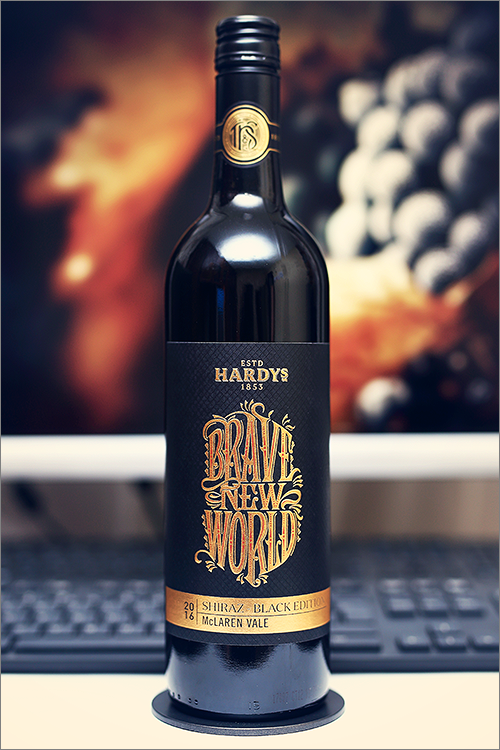 HARDYS_Brave_New_World_Shiraz_Black_Edition_2016