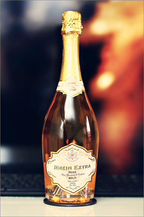 THE_ICONIC_ESTATE_RheinExtra_RoseBrut